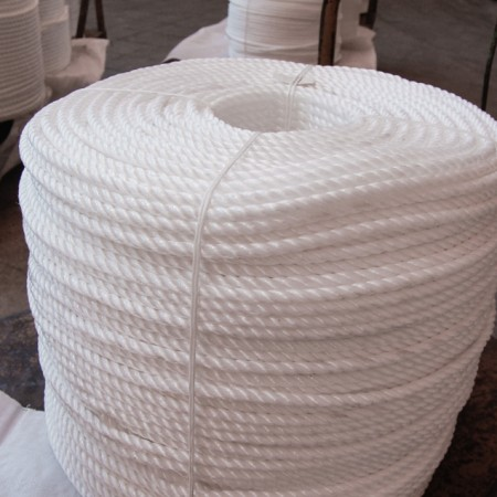Polypropylene 3-Strand Z Twisted Ropes For Sea transport and yachting (3-40mm)